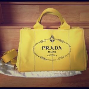Almost BrandNew Authentic PRADA CANAPA